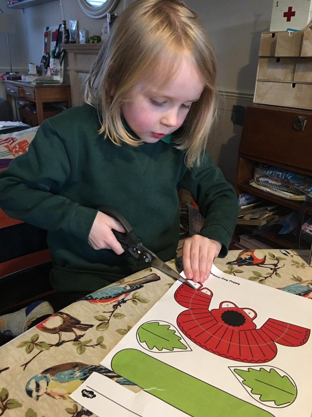 Remembrance Day Poppy craft for children