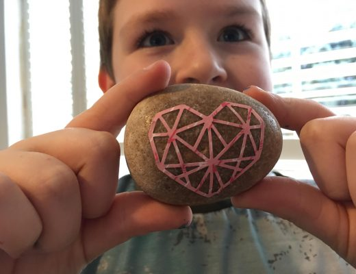 Valentine heart stone craft for kids