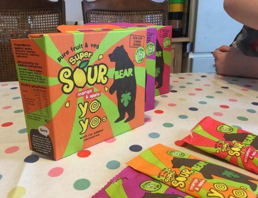 Super Sour Yoyos from Bear