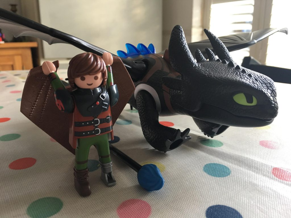 Hiccup and Toothless (Playmobil Dragons 9246)