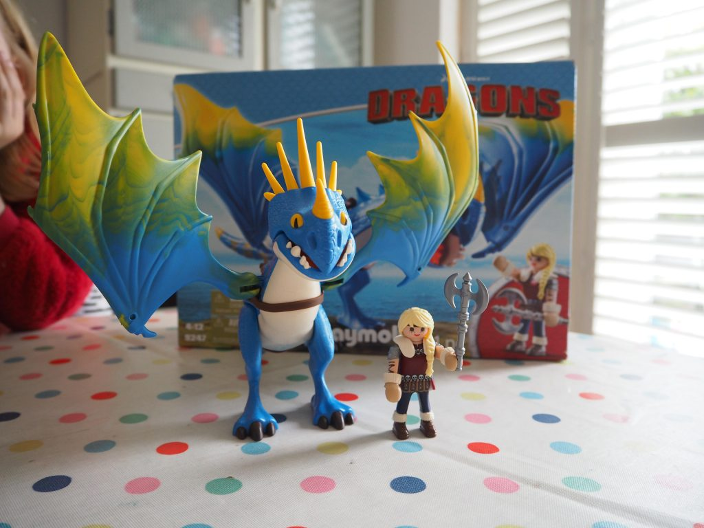 Astrid and Stormfly (Playmobil Dragons 9247)