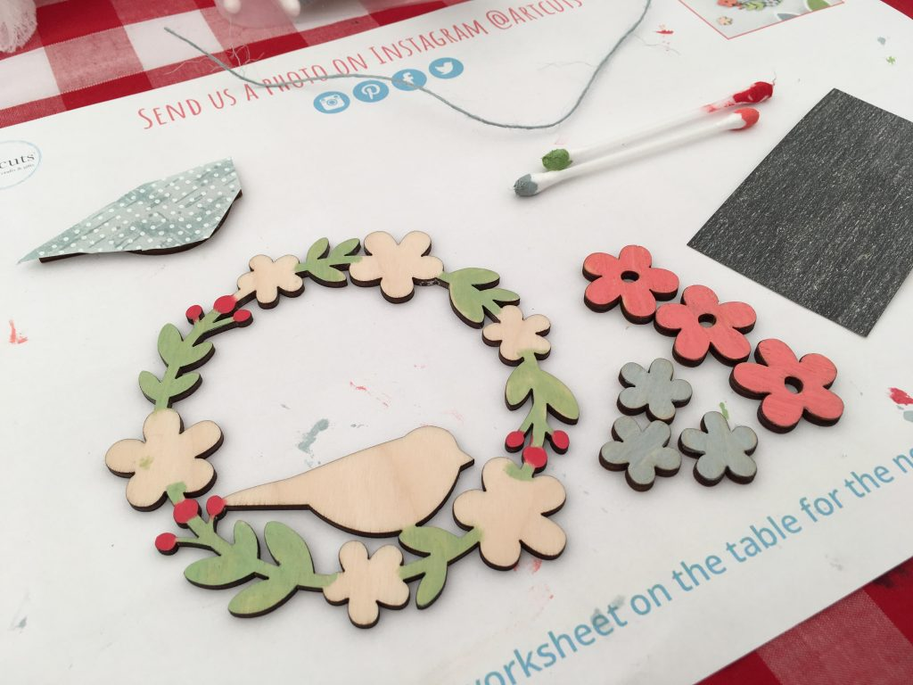 Wooden Floral Wreath with artcuts