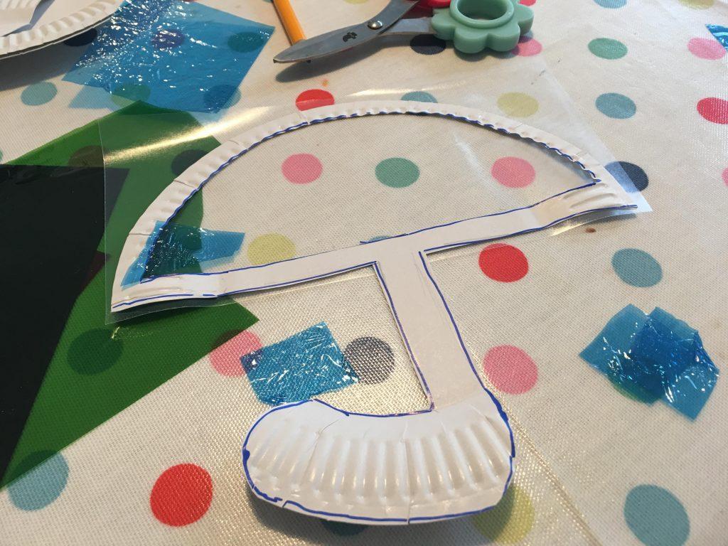 Umbrella paper plate craft