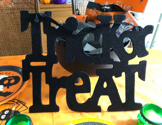 Halloween essentials for a kids party from poundworld