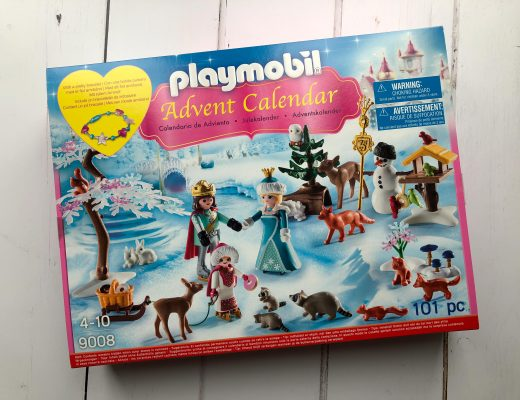 review of the Playmobil Royal Ice Skating Trip Advent Calendar
