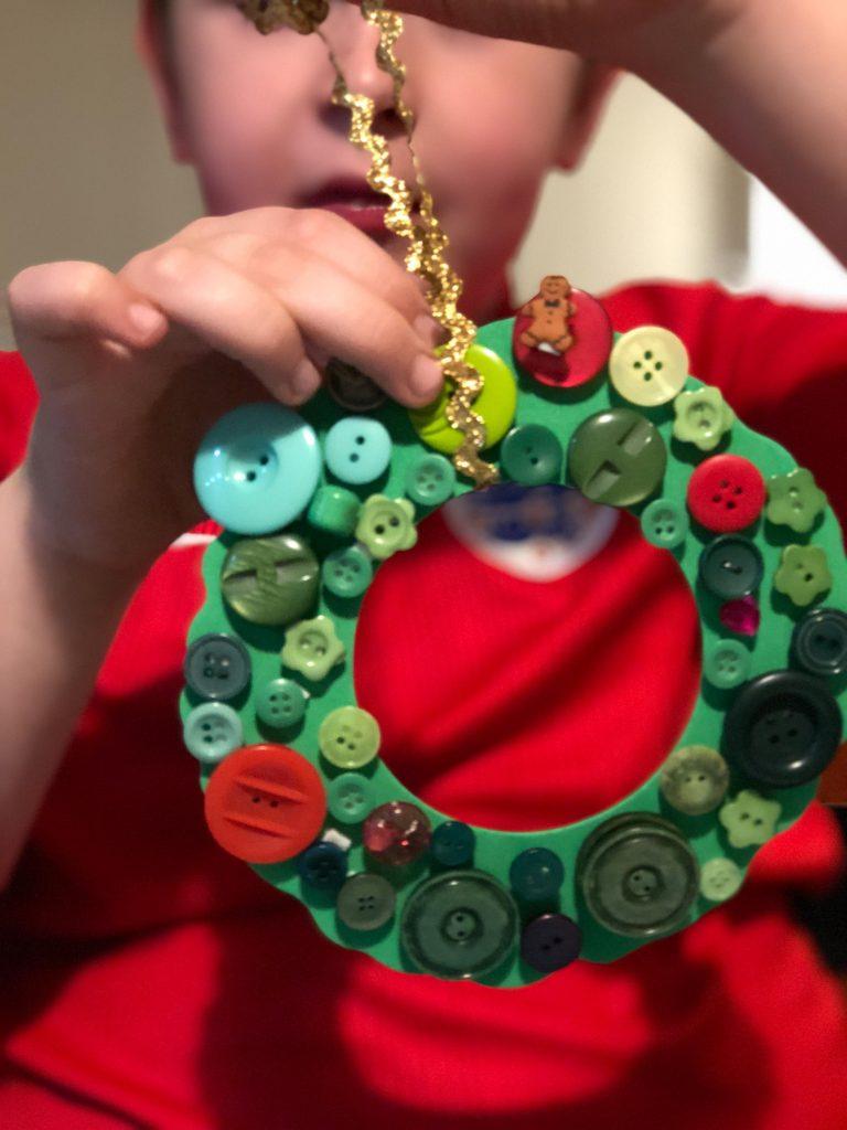 Christmas button wreath decoration