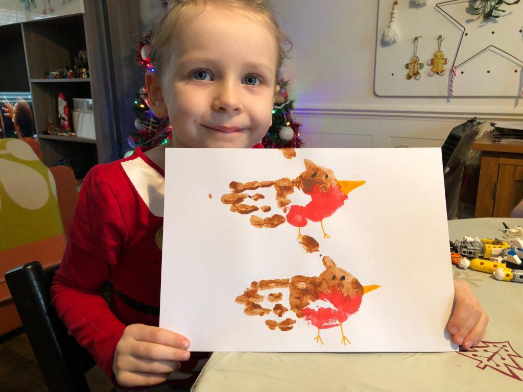 Hand print robin for winter