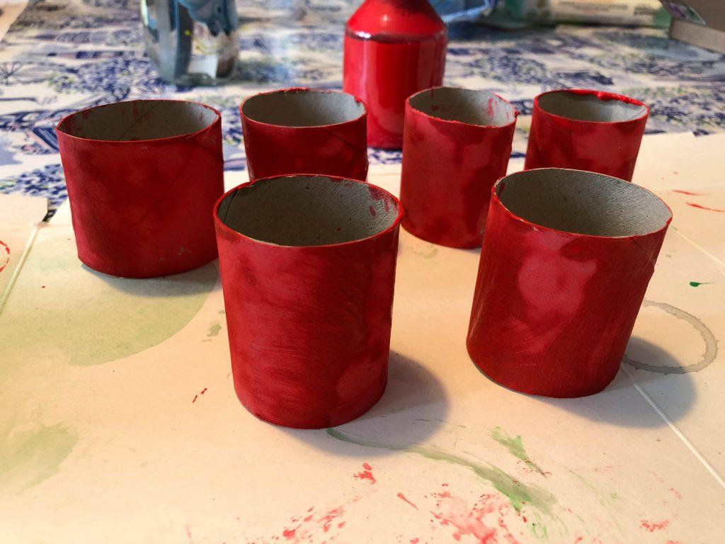 DIY cardboard tube sea anenomes