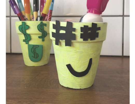 DIY Emoji Pen Pots