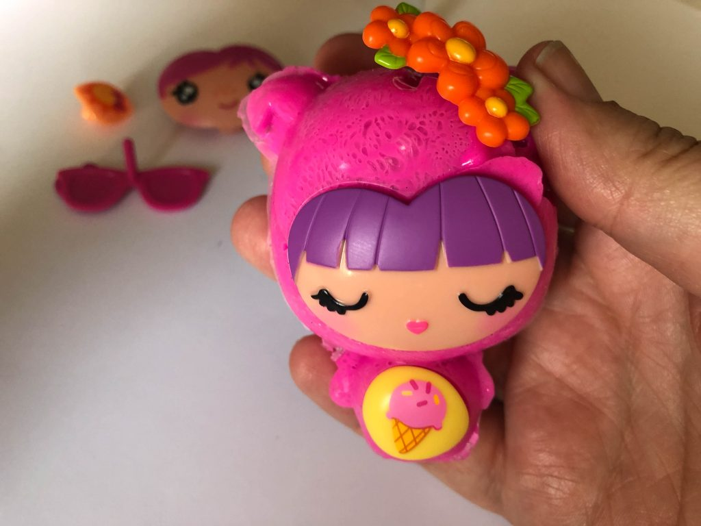 making squishies with the Smooshin Surprise Maker Kit