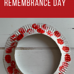 Easy child-friendly poppy wreath for Remembrance Day