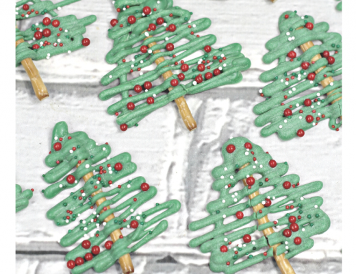 easy Chocolate Christmas pretzel tree recipe