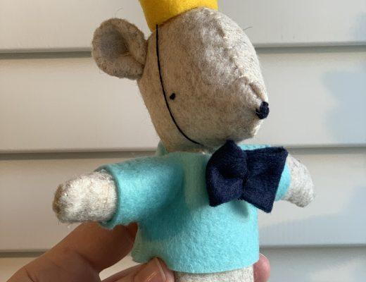 Miniature Felt Party Bear from Mollie Makes magazine
