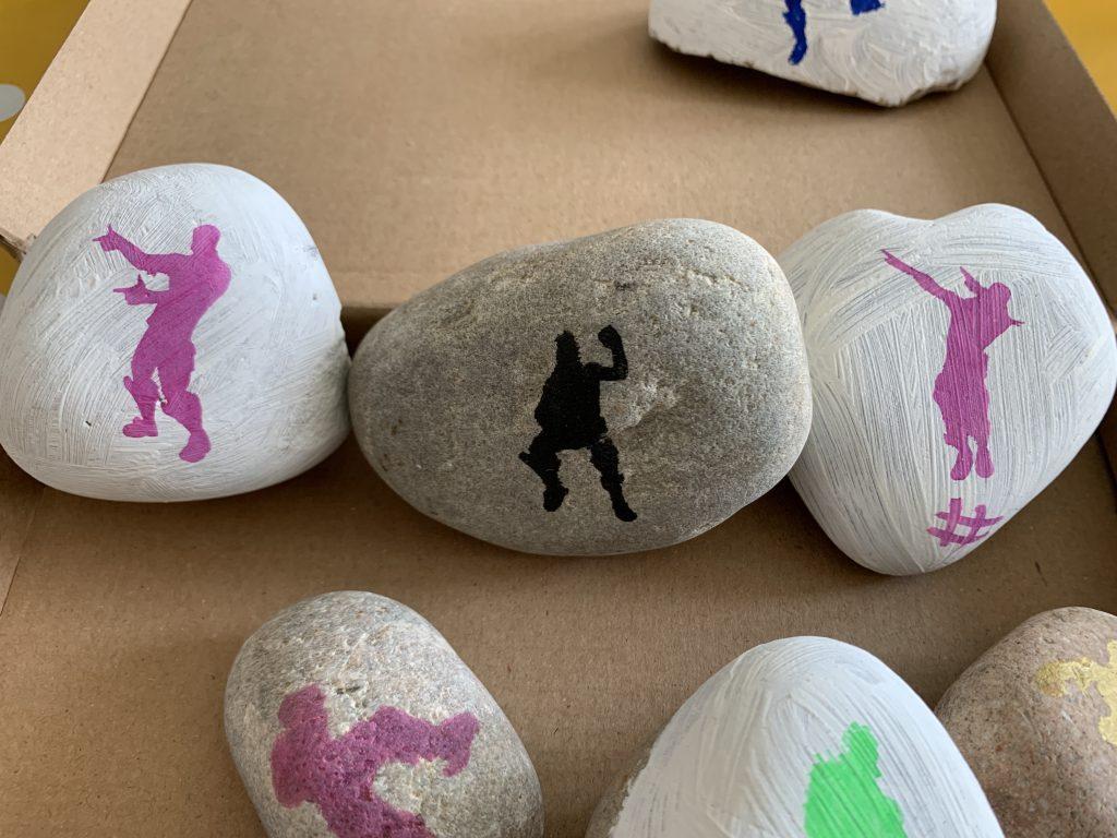 easy Fortnite painted rocks
