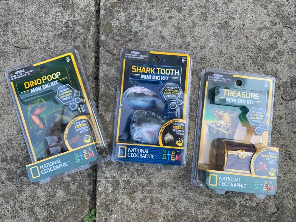 National Geographic mini kits