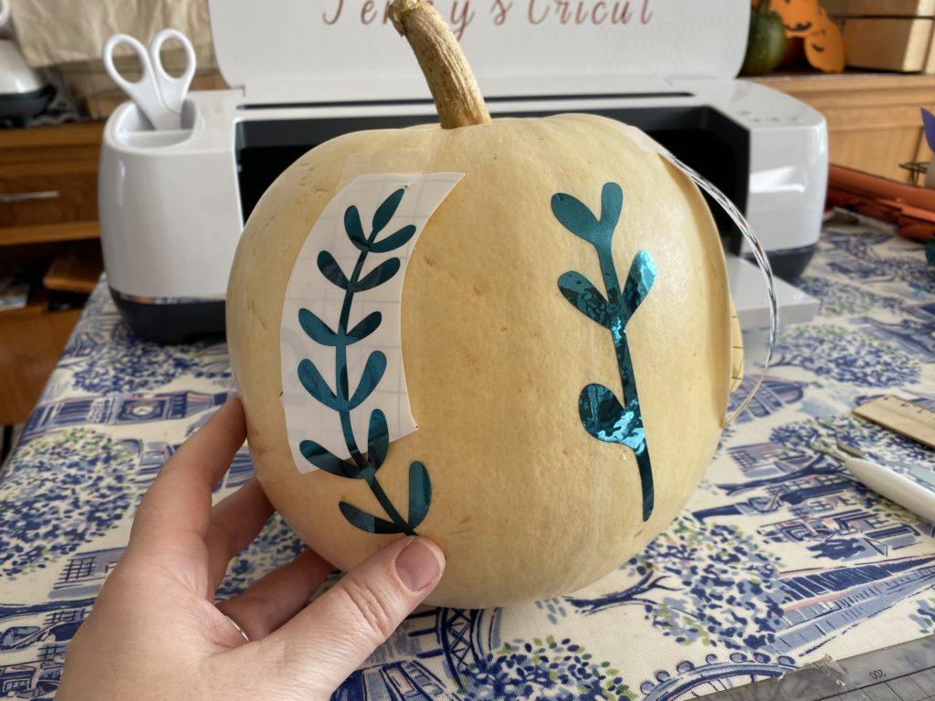 Cricut Maker pumpkin craft