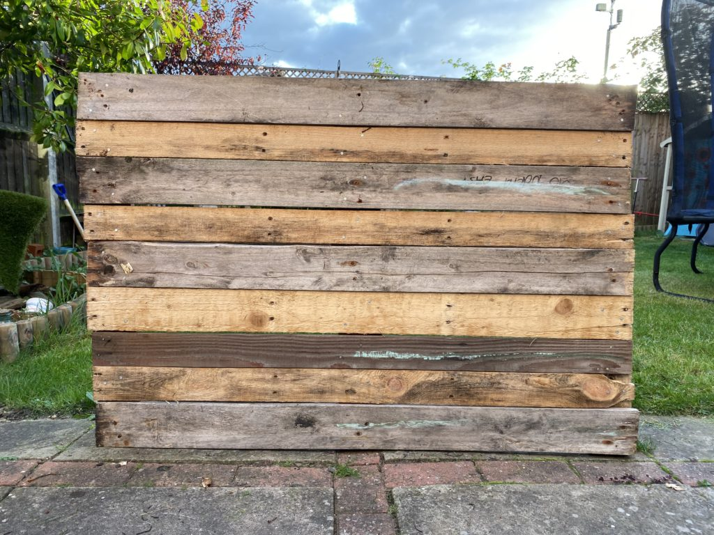 upcycled wooden pallet craft