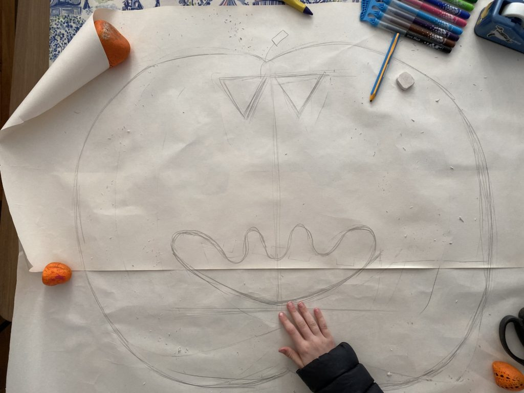drawing a pumpkin with kids