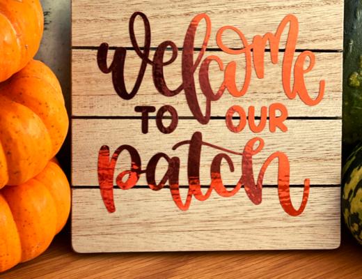 How to craft a pumpkin patch sign