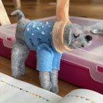 My hands making: Felt Festive Pup kit