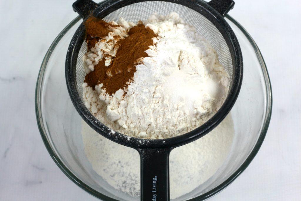 gingerbread molasses dry ingredients