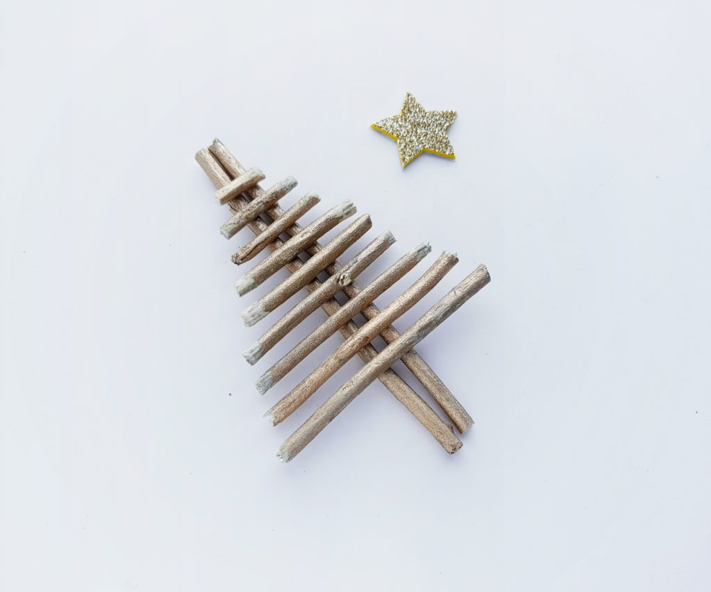 Christmas twig tree craft