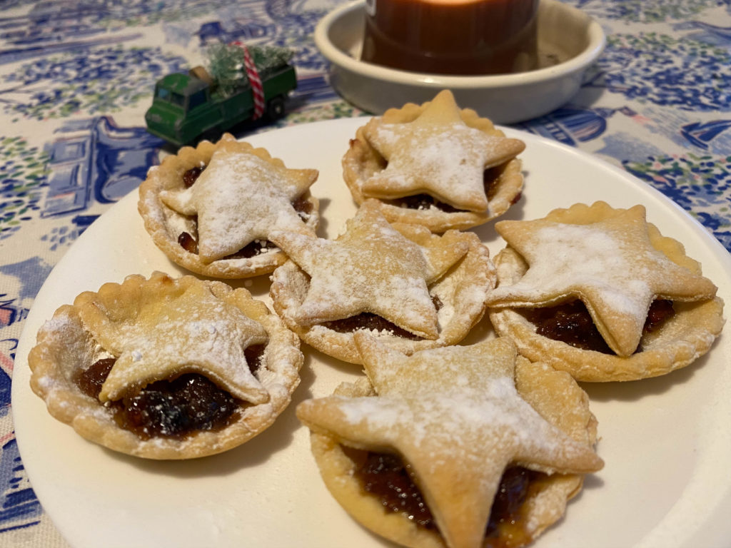 Easy Slimming World mince pies {recipe}