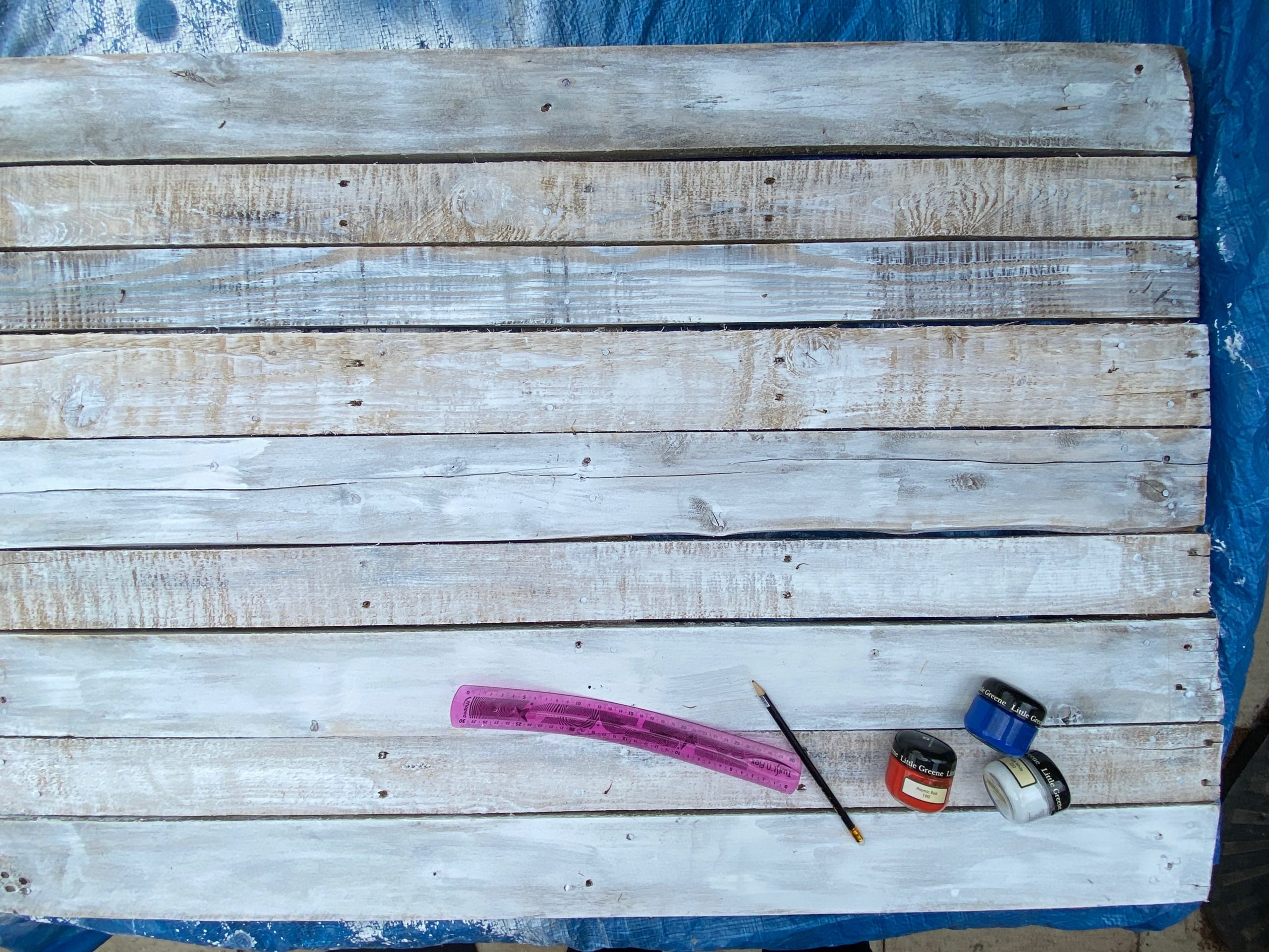upcycled pallet craft