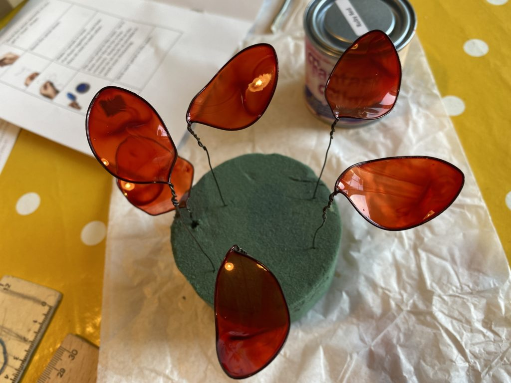 making my own resin flowers