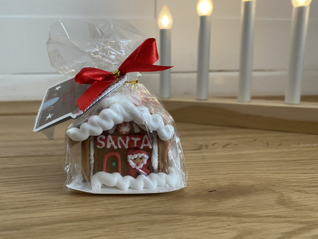 Aldi gingerbread house