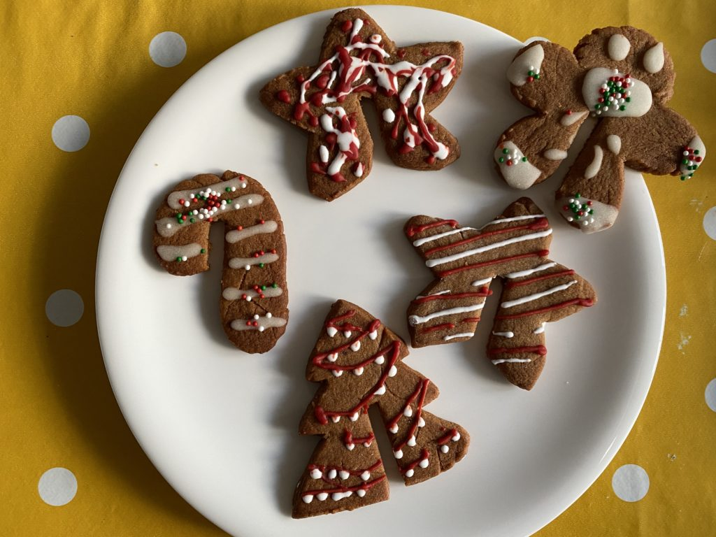 gingerbread hanger biscuits