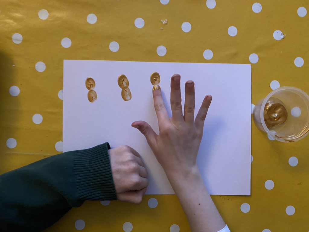 Finger print gingerbread family