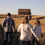 10 Ways to Get your Family into the Outdoors!