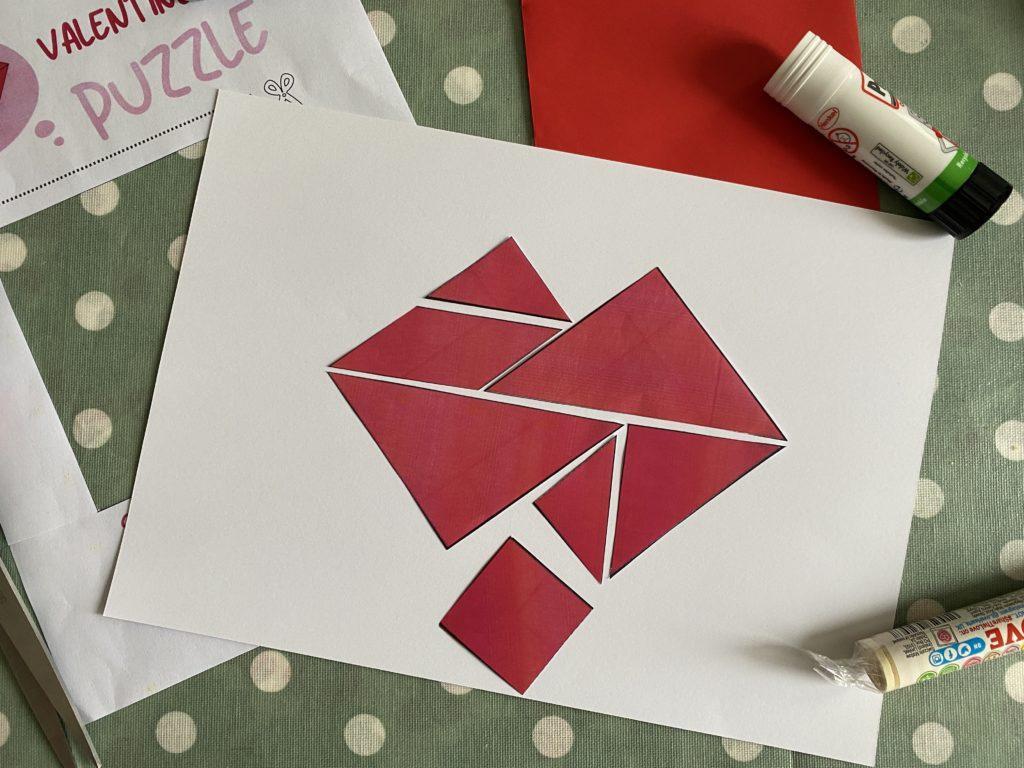 Valentine tangram puzzle