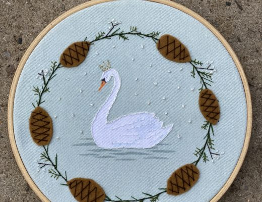 Winter Swan and Wreath embroidery
