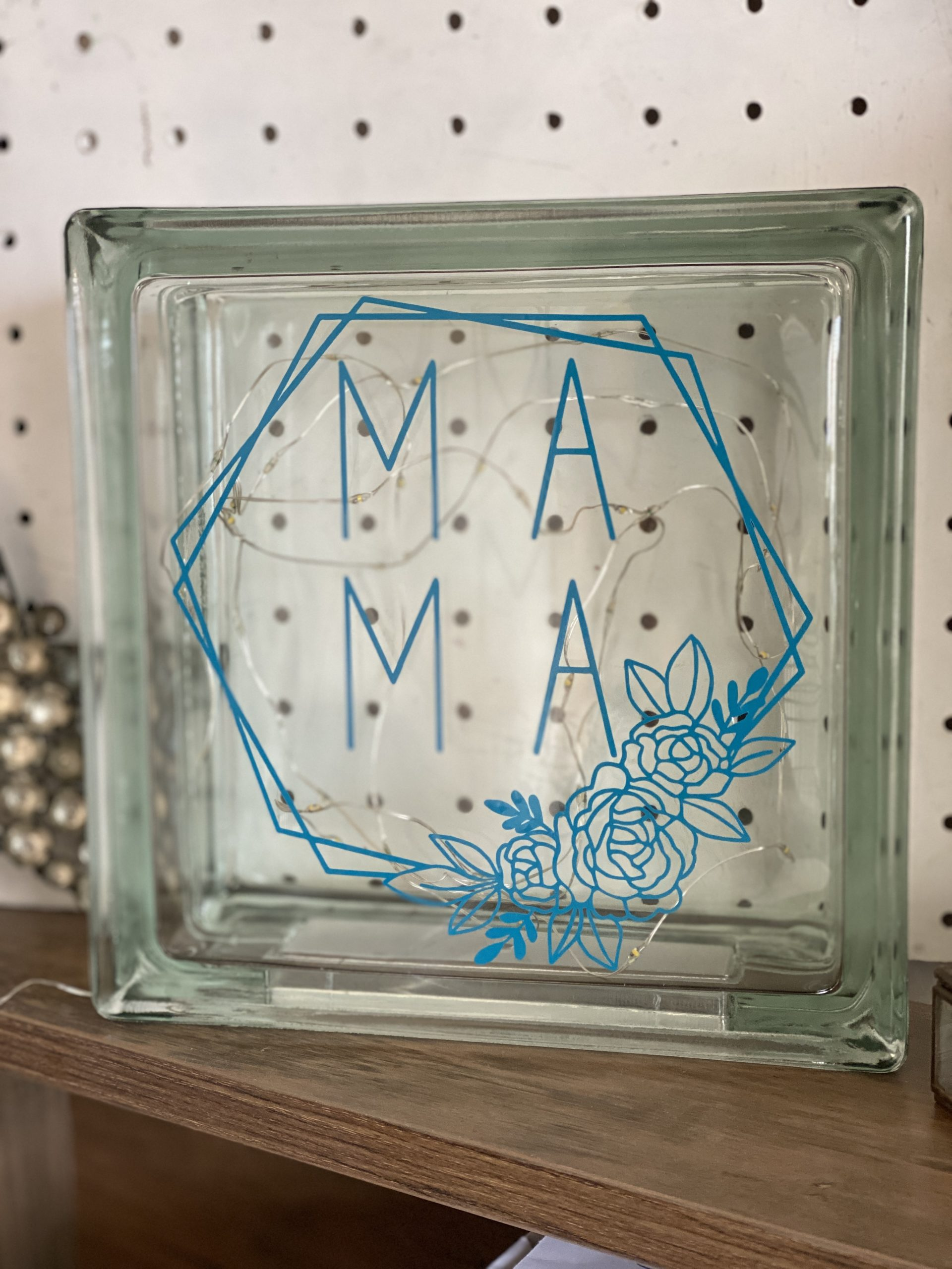 Cricut Maker Mothers Day gift