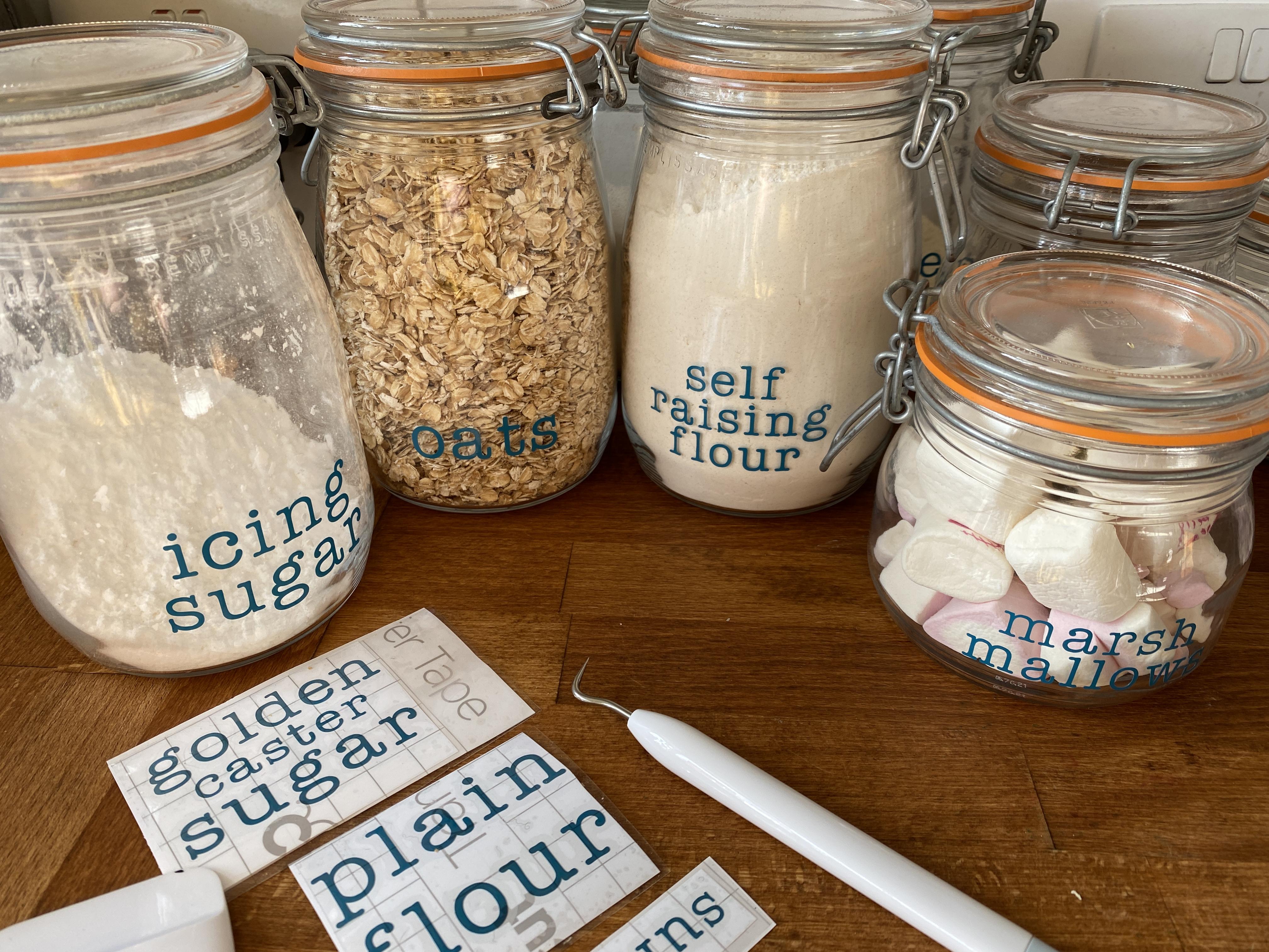 Easy Cricut storage jar labels