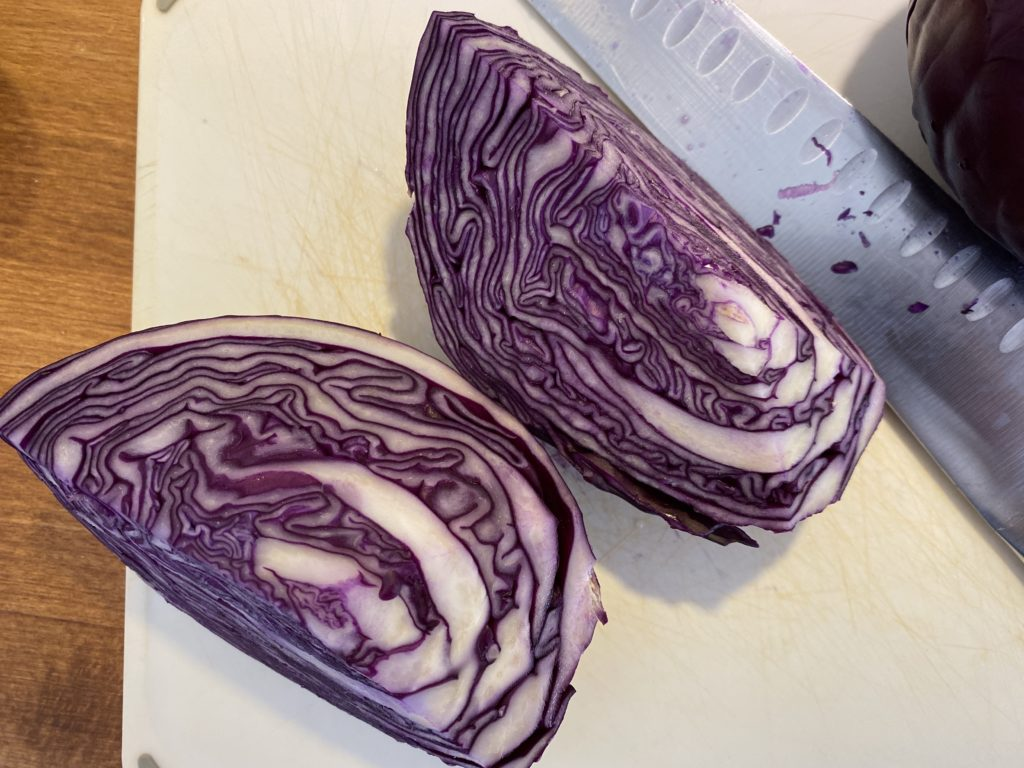 using red cabbage to make natural dye