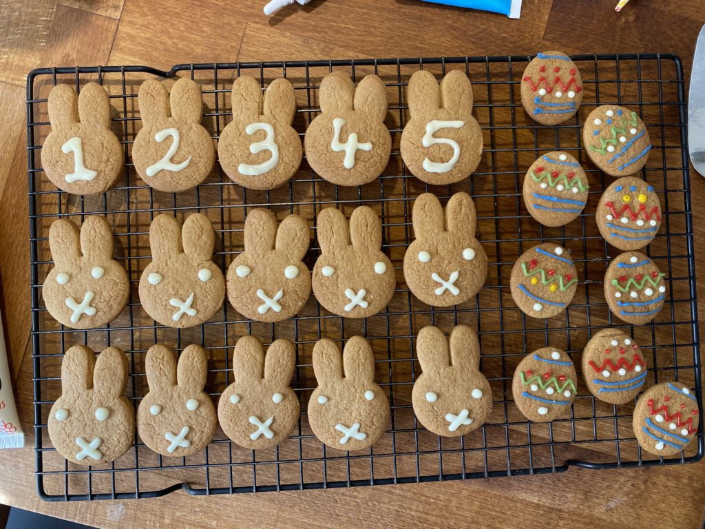 decorating gingerbread for Easter