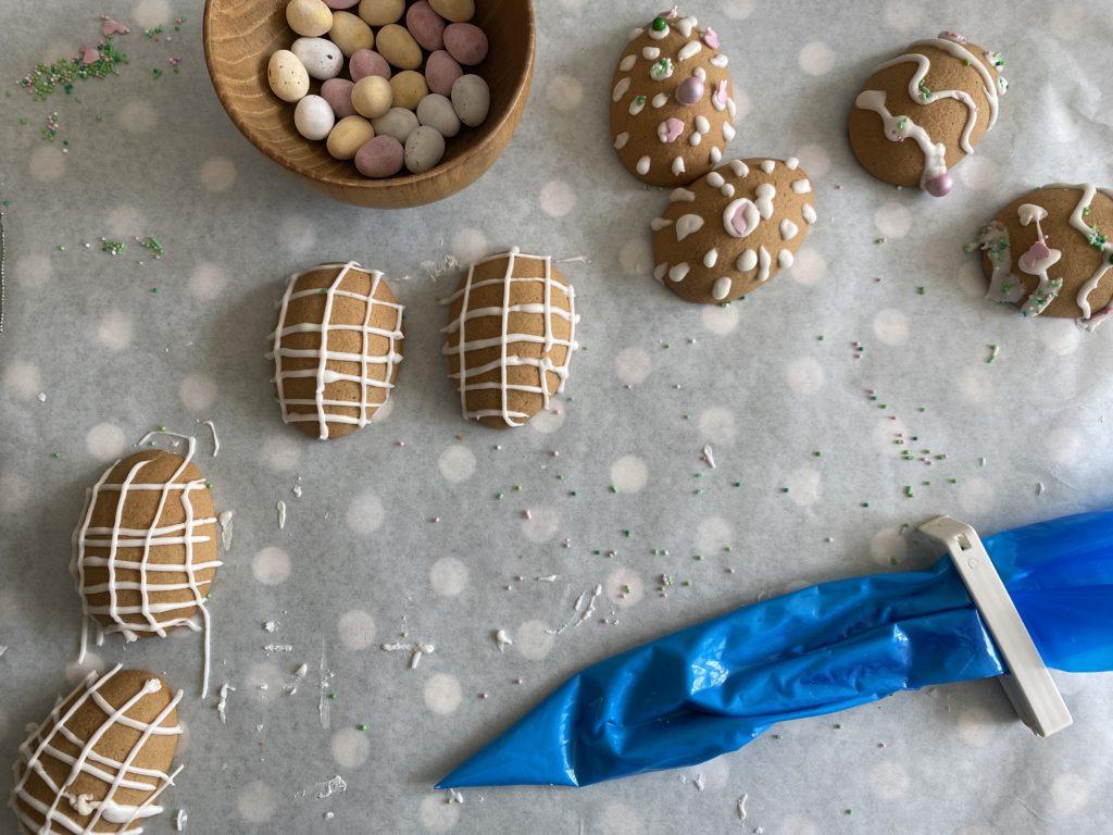 edible gingerbread easter eggs