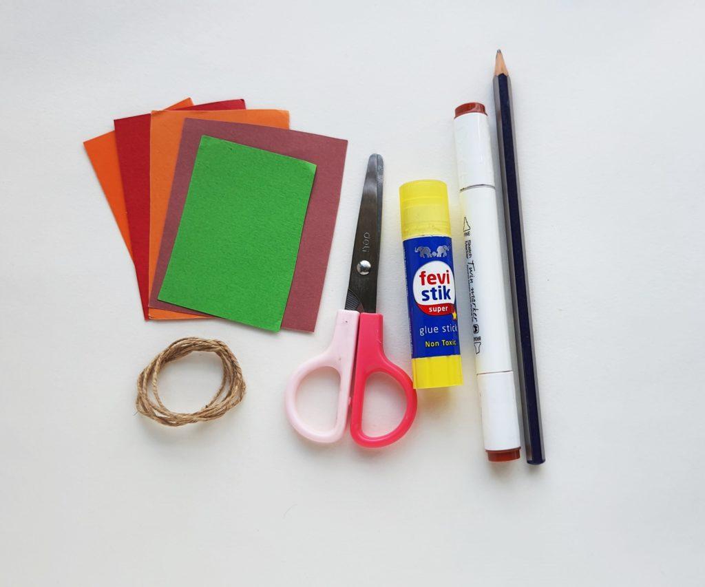 How to make a DIY Paper Pumpkin Garland