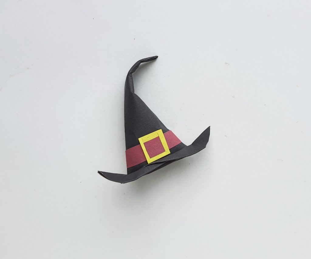 DIY origami Witch's Hat craft for kids