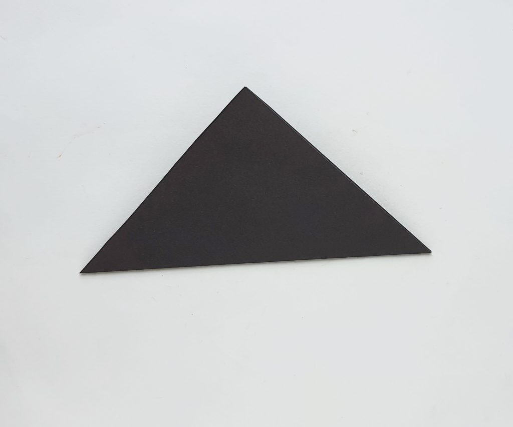 How to make an origami Witch's Hat