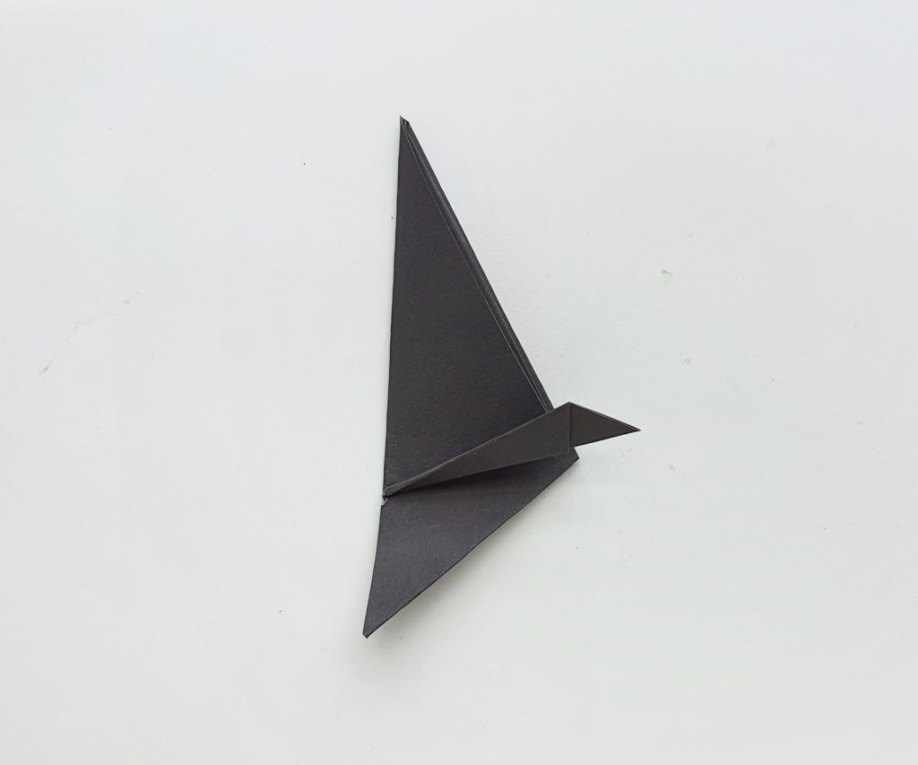 DIY origami Witch's Hat